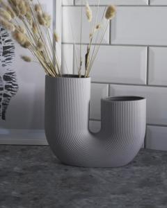 Stråvalla Ljusgrå Keramikvas - Storefactory