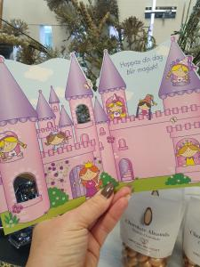 Till en liten prinsessa, Kort med prinsessor och sagoslott, Pictura