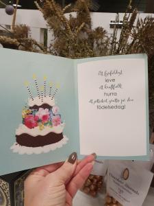 20 - Kort med guldiga siffror och en härlig tårta, Pictura