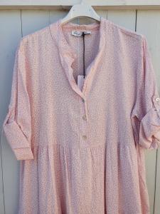 Klänning Småblommig i ljusrosa - Rough & Rose