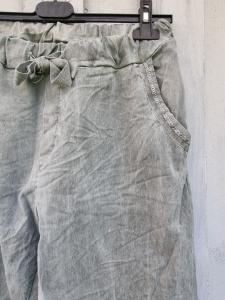 Magisk byxa med silvrig kant på fickorna fram, Stentvättad Army - Rough & Rose