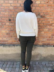 TILDA Stickad tröja med pingvinärm, offwhite - Mix by Heart