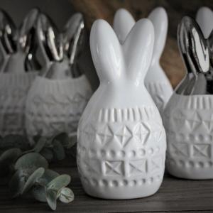 Maja - Bohemian Rabbit (vita öron)