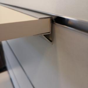 Hyllbärare Aluminium