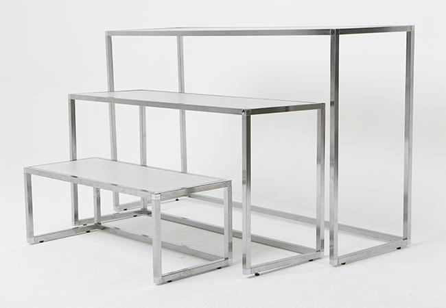 Satsbord i tre delar krom och vit