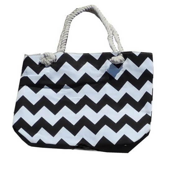 Beach Bag Chevron Black and White with Zipper
