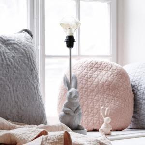 ByOn Lampa Rabbit Bordslampa Design Lampa från By On. Inredning Online.