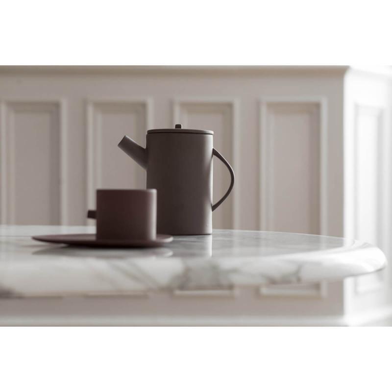 By On Teapot Clay. Brun Tekanna av Stengods från ByOn