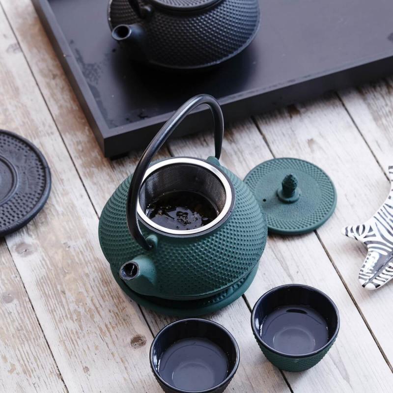 By On Teapot London. Black Pot of Iron from ByOn
