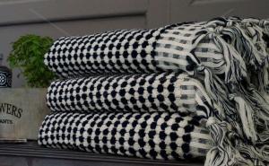 Turkisk Handduk Pom Pom svart/vit 90x165 cm