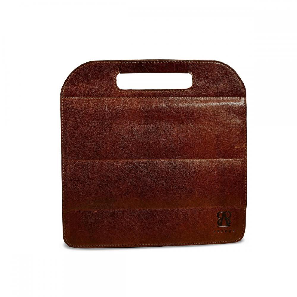 Köp ipadväska skinn med handtag från B-away av vaxad buffelläder online. Trygg betalning, snabb leverans och fri frakt över 499 kr i Sverige