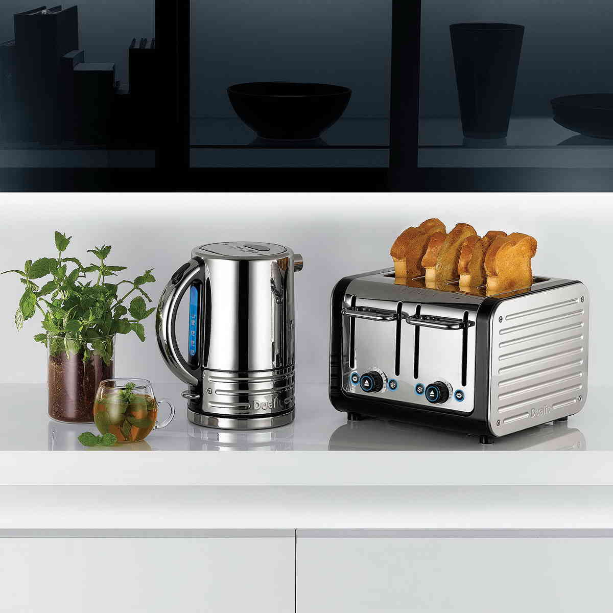 Dualit Architect 2 slice toaster. Polished Body, Black Trim
