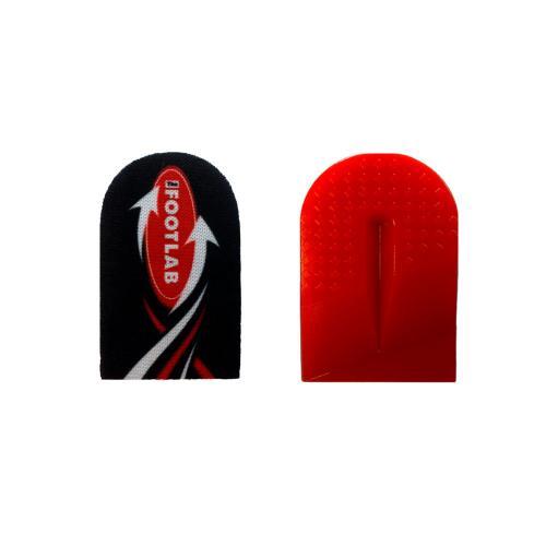 Skoinlägg / hälkil i rött silikonmaterial med tyg på ena sidan, lindrar hälsporre.