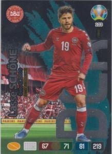 Adrenalyn Euro 2020 - 103 - Lasse Schöne (Denmark) - Fans' Favourite