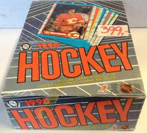Hel Box 1989-90 O-Pee-Chee