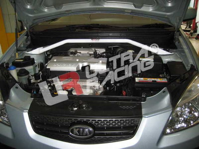 Hyundai Accent 06+ /Kia Rio 1.4 UltraRacing Främre Fjäderbensstag