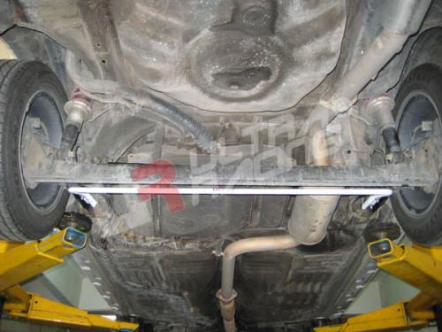 Toyota Starlet EP70 UltraRacing Bakre Krängningshämmare 16mm