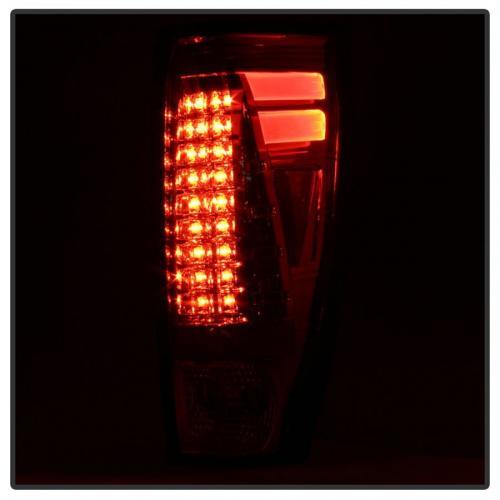 Chevy Avalanche 02-06 LED Bakljus - Krom