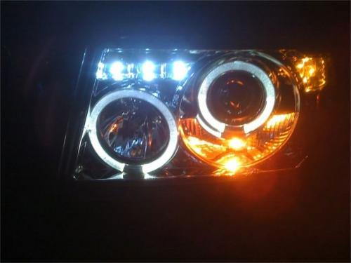Ford Ranger 01-11 1PC Projector Headlights - LED Halo - LED ( Replaceable LEDs ) - Black