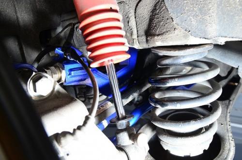 Audi / Skoda / VW Bakre Camber-stag (Förstärkta Gummibussningar) 2 Delar/Set Hardrace