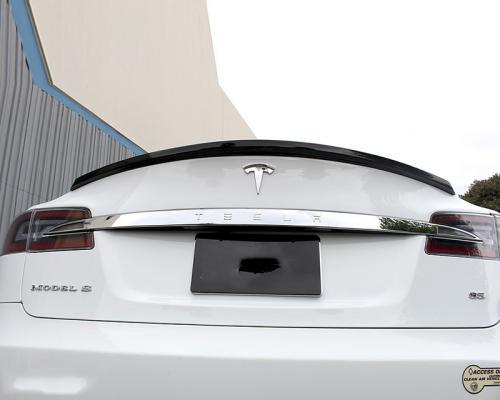 Tesla Model S 12+ Kolfibervinge APR Performance