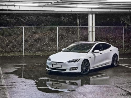 Tesla Model S 16+ Sidoextensions Maxton Design