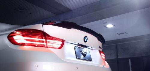 BMW M4 F82 EVO Vinge Kolfiber Vorsteiner