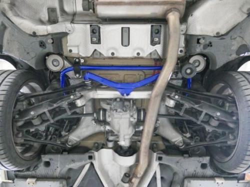 BMW 5-Serie Touring G31 17- Bakre Krängningshämmare 28mm - 3Delar/Set Hardrace