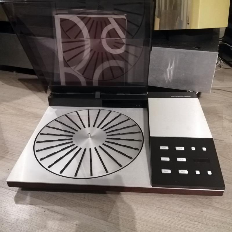 BeoGram 8000 Turntable in 100% top condition