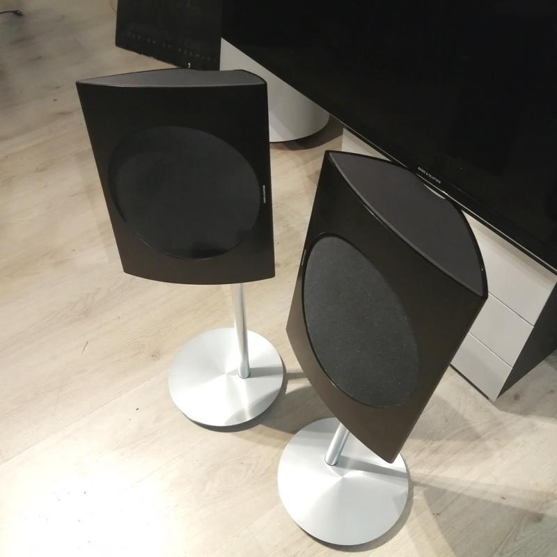 Beolab 17 - Black Edition - Sisältää lattiajalustan