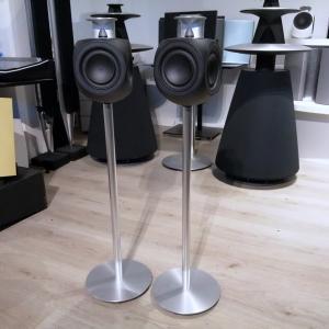 Beolab 3 - Black Edition + Golvstativ