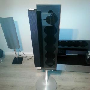 Beosound 9000 MK2 - Floor stand included