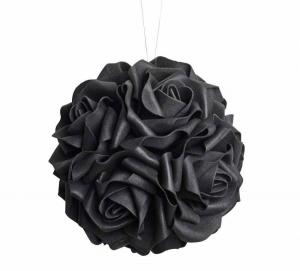Black Rose, Boll