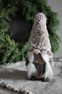 Cozy Santa, Noelle