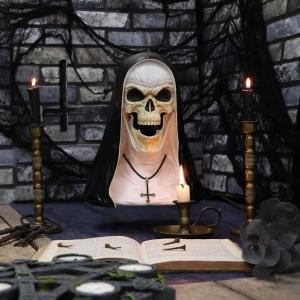 Dekoration, Sister Mortis