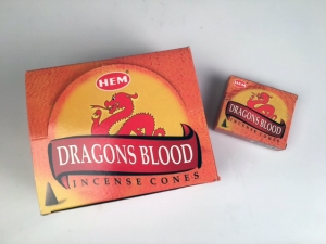 Rökelsekoner, Dragons Blood