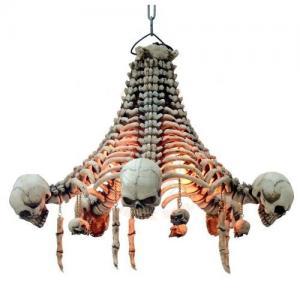 Taklampa, Döskalle Skelett