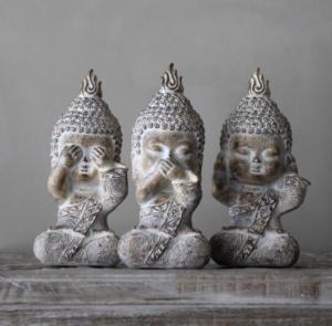 Majas, Buddha Monks