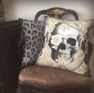 Kuddfodral, Van Asch, Lace Skull