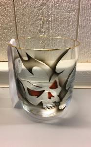 Whiskyglas Dödskalle