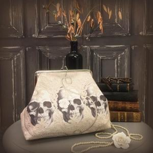 Toiletry Bag, Lace Skull