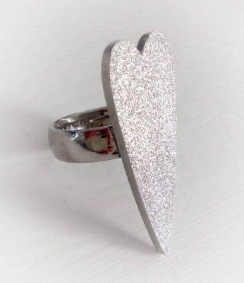 Love Sence, Design ring