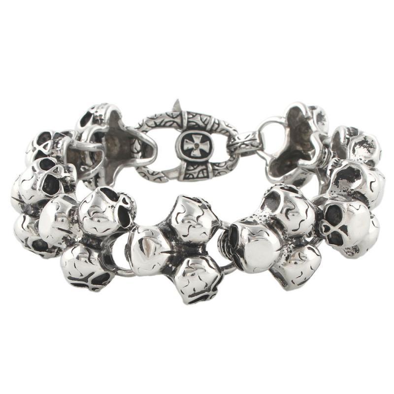 Döskalle armband i rostfritt stål, många skallar
