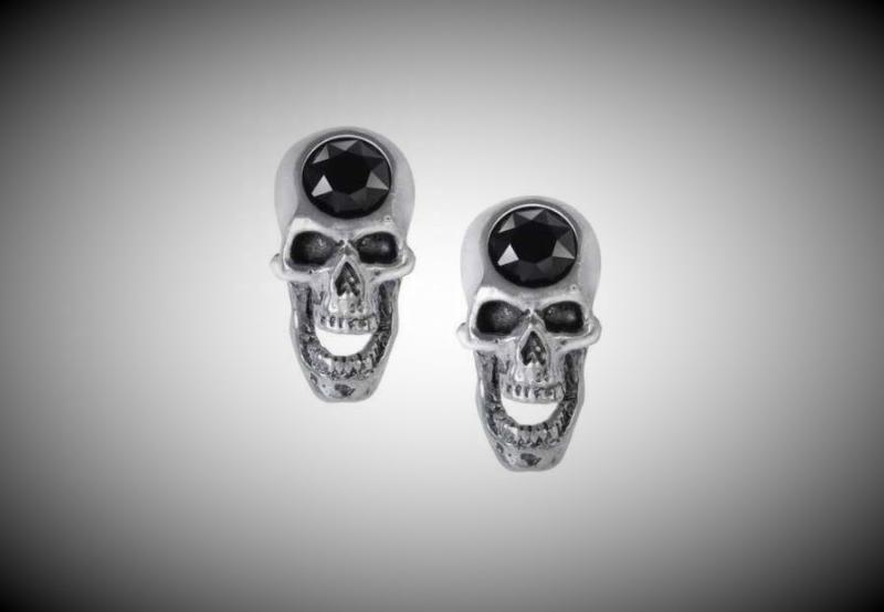 Design örhängen, Screaming skull Studs