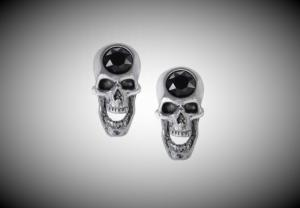 Design örhängen, Screaming skull Studs