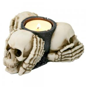 Ljuslykta, Three Wise Skulls
