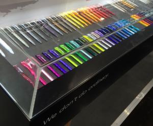 Akrylhuv för pennor mm