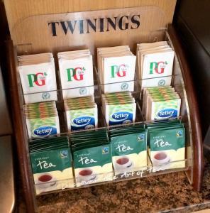 Bordsdisplay tepåsar 3 hyllor