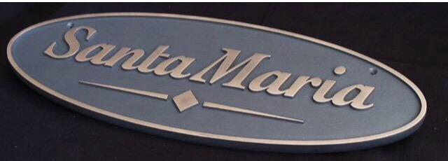 Logo i brons Santa Maria