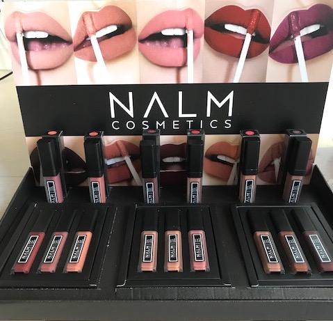 Makeup display i kartong